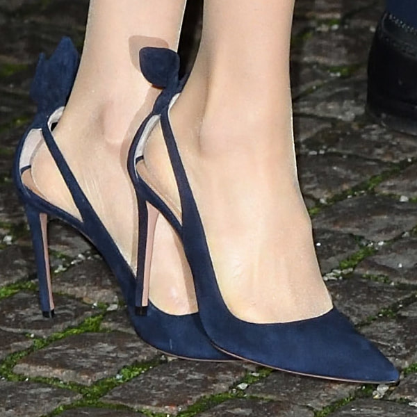 ea96306dbcc5 Aquazzura  Deneuve  Navy Bow Pump. Picture. Aquazzura Deneuve Taupe Suede  ...