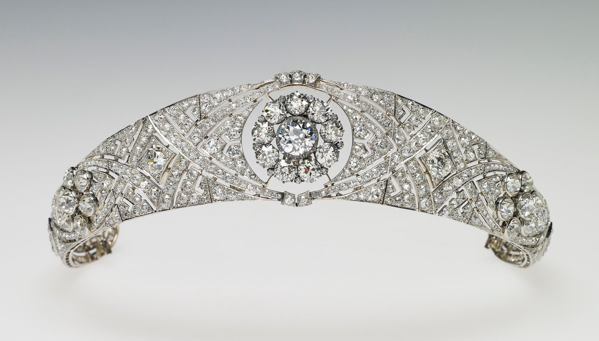 Queen Mary's diamond bandeau tiara