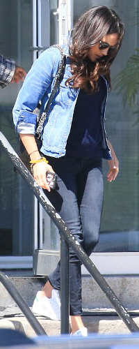 Madewell Jean Jacket in Pinter Wash as seen on Meghan Markle