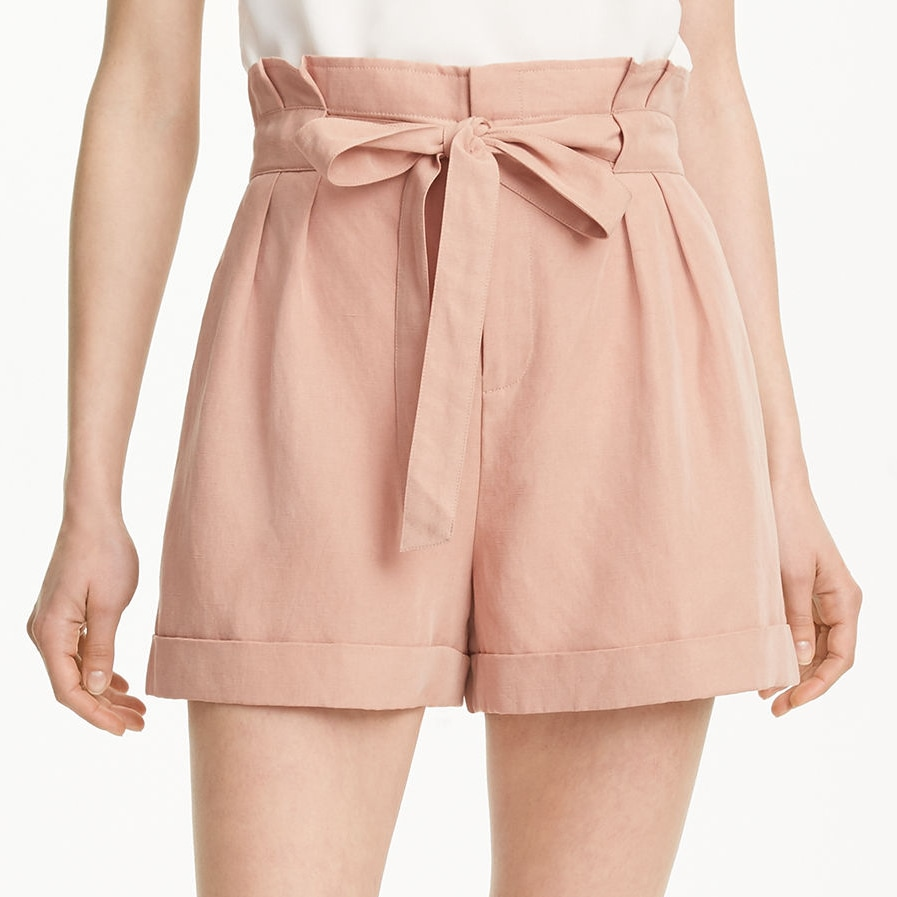 Club Monaco Anree Short in Peach Bluff