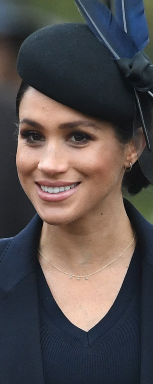 Jennifer Meyer 18K Gold Turquoise Necklace as seen on Meghan Markle, the Duchess of Sussex