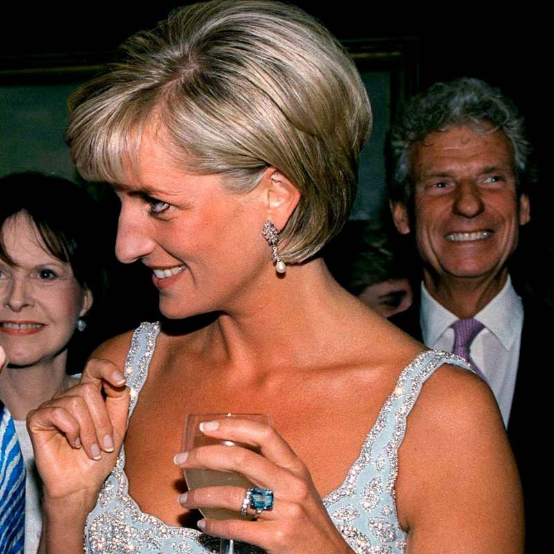 princess diana aquamarine ring meghan markle s jewelry meghan s fashion princess diana aquamarine ring meghan
