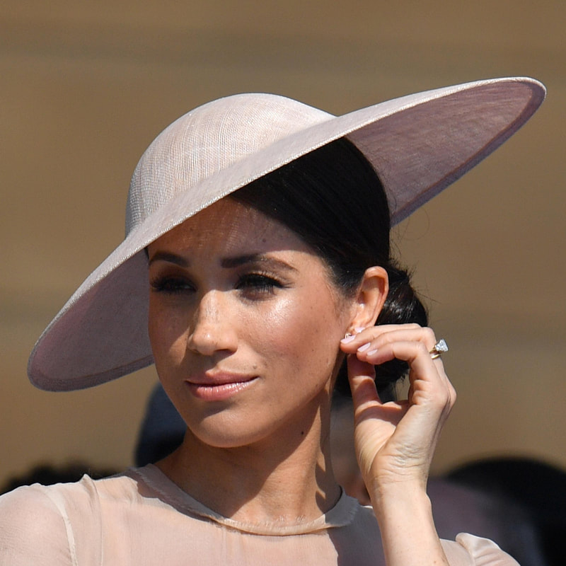 Philip Treacy Dusty Pink Straw Disc Hat as seen on Meghan Markle Duchess of Sussex